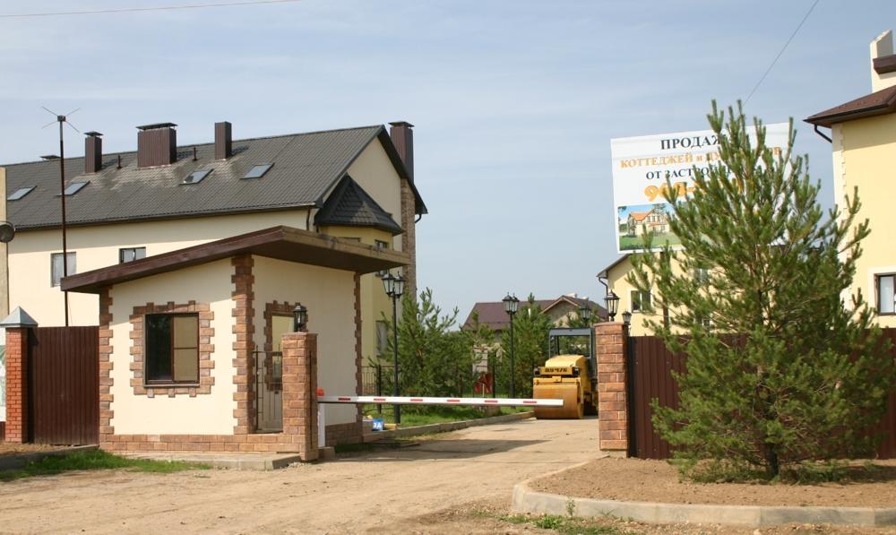 Коттеджный посёлок  «Жуковка» по адресу Московская обл, Пушкинский р-н, Жуковка д в 92.4км от МКАД предложения по цене от 6 400 000 руб.